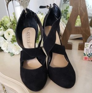 Guess Suede Pumps